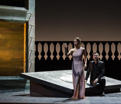 Nadine Sierra et Nicolas Courjal dans Roméo et Juliette