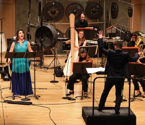 Sophia Burgos & Ensemble intercontemporain