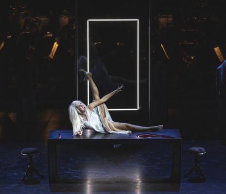 Marlis Petersen - La Ville morte par Mariusz Treliński