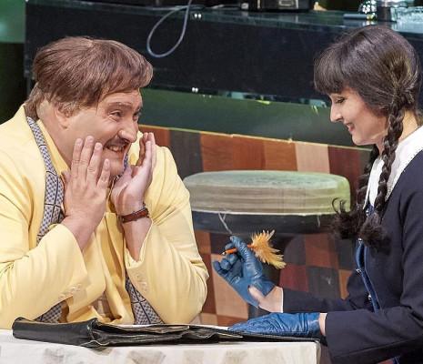 Nicola Alaimo & Slávka Zámečníková - Don Pasquale par Irina Brook
