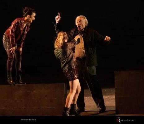 Natalia Labourdette, Rocío Pérez & Clive Bayley - Peter Grimes par Deborah Warner