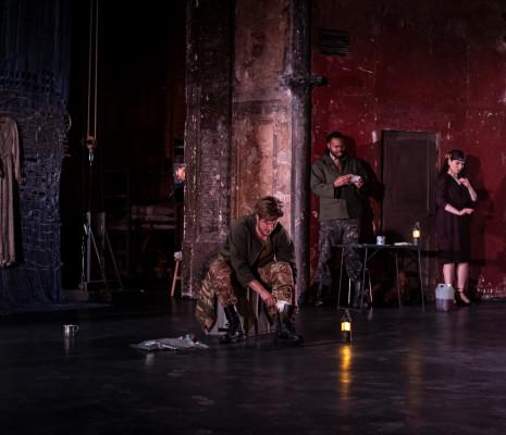 Alexander York, Aaron Pendleton et Andrea Cueva Molnar - Le Viol de Lucrèce par Jeanne Candel