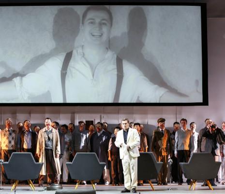 Pavel Valuzhin - Rigoletto par Stephen Langridge