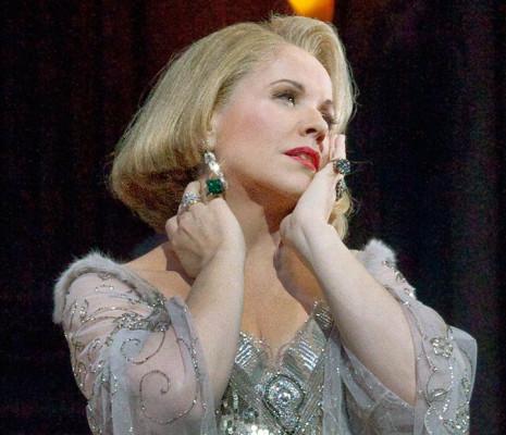 Renée Fleming est la Comtesse dans Capriccio
