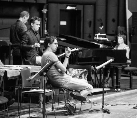 Damiano Michieletto et Philippe Jordan durant les répétitions de Samson et Dalila