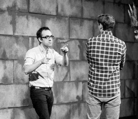 Tom Creed en répétition pour Owen Wingrave