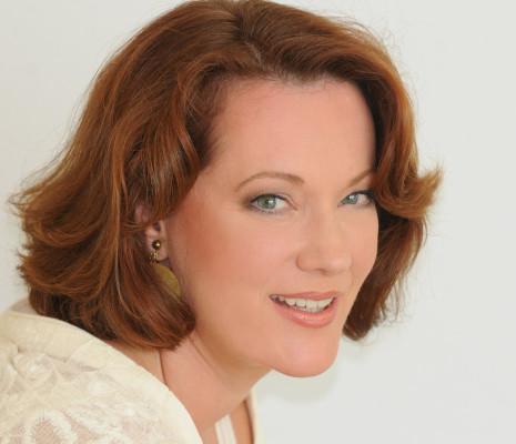 Catherine Naglestad