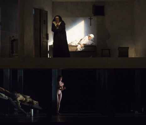 Anna Caterina Antonacci et Renée Morloc dans Sancta Susanna