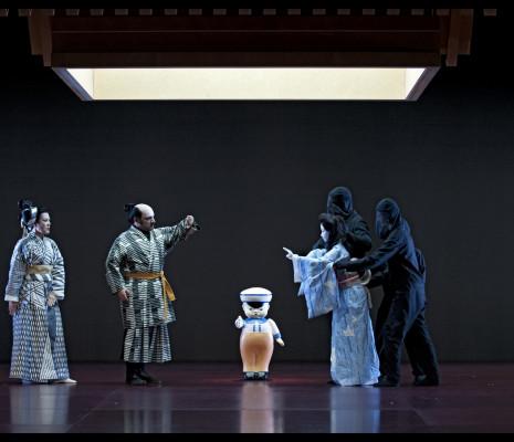 Riccardo Botta et Alexia Voulgaridou dans Madame Butterfly