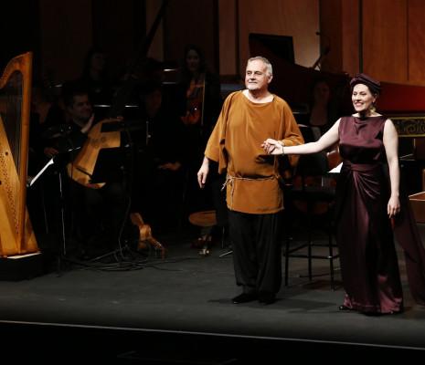 Furio Zanasi et Lucile Richardot dans Le Retour d'Ulysse dans sa patrie par John Eliot Gardiner & Elsa Rooke