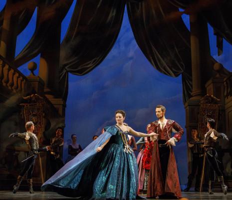 Mireille Asselin (Créuse) et Stephen Hegedus (Créon)  - Opéra Atelier