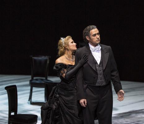 Anna Netrebko et Alexander Tsymbalyuk - Eugène Onéguine par Willy Decker