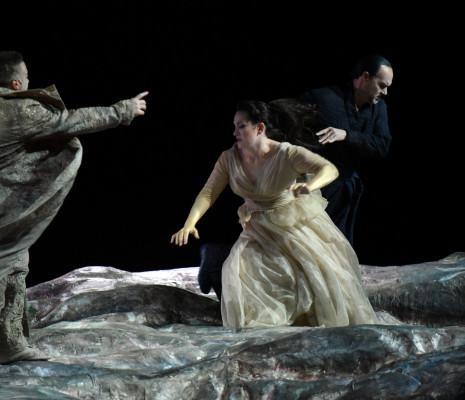 Gaston Rivero (Radamès) ; Ksenia Dudnikova (Amneris) ; Giovanni Meoni (Amonasro) - Aida par Stathis Livathinos
