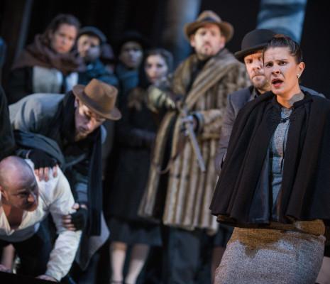 Marie-Adeline Henry - Carmen par Nicola Berloffa