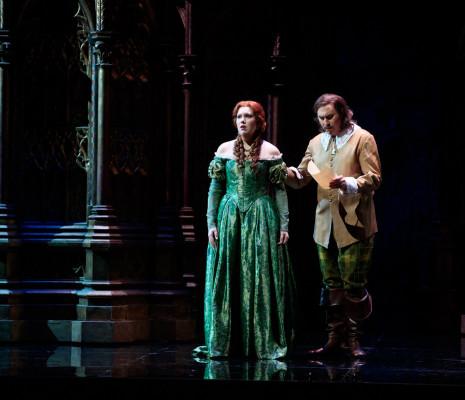 Nadine Koutcher (Lucia), Vitaliy Bilyy (Enrico) dans Lucia di Lammermoor à Toulouse