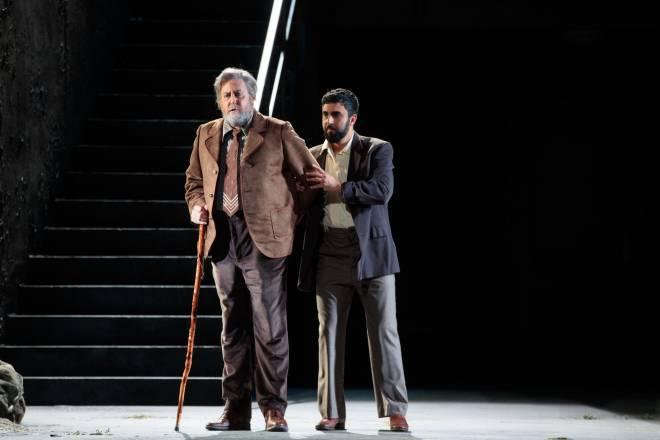 Scott Wilde (Tommaso), Orhan Yildiz (Moruccio) - Tiefland par Walter Sutcliffe