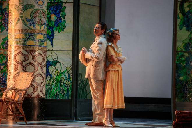 Marius Brenciu and Elena Galitskaya dans La Rondine