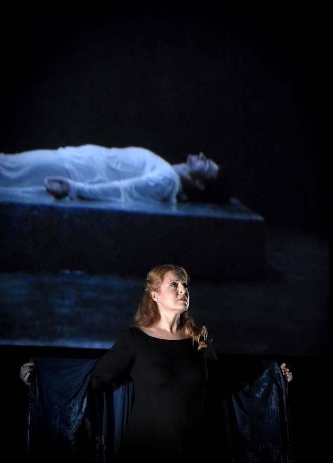 Martina Serafin - Tristan et Isolde par Peter Sellars et Bill Viola