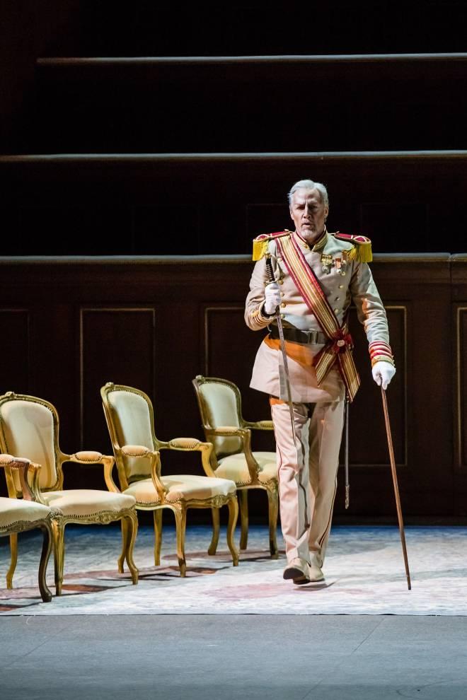 Paul Gay campe Don Diègue dans Le Cid