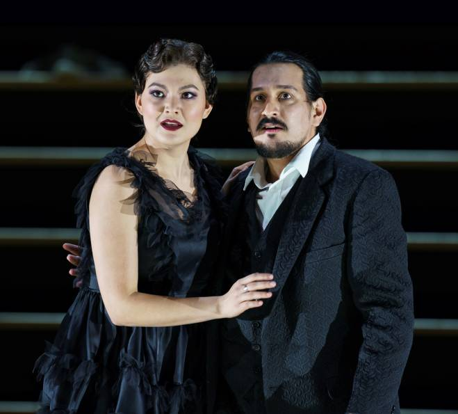 Aigul Akhmetshina & Germán Enrique Alcántara - Carmen par Barrie Kosky