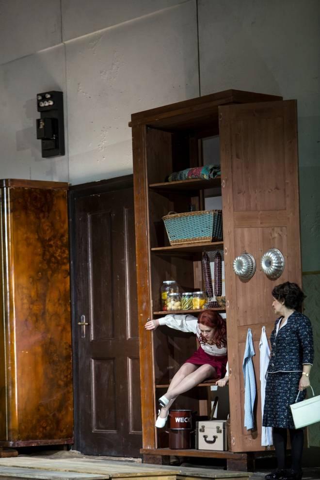 Venera Gimadieva & Helene Schneiderman - La Somnambule par Jossi Wieler, Sergio Morabito