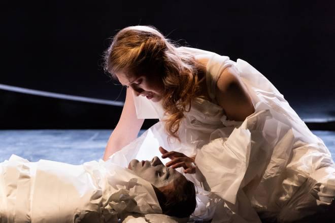 Erika Baikoff & Alexandre Pradier - Roméo et Juliette par Jean Lacornerie