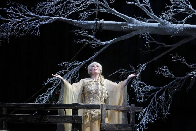 Sondra Radvanovsky dans Norma