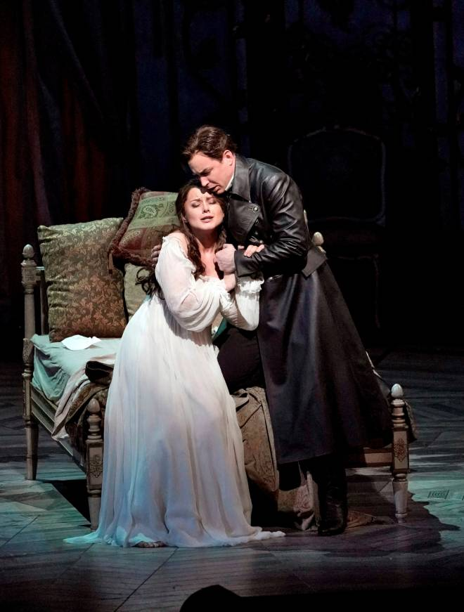 Anita Hartig & Stephen Costello - La Traviata par Michael Mayer