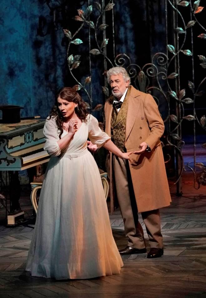 Anita Hartig & Plácido Domingo - La Traviata par Michael Mayer