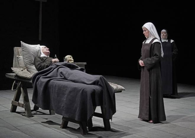 Karita Mattila, Isabel Leonard & Karin Cargill - Dialogues des Carmélites par John Dexter
