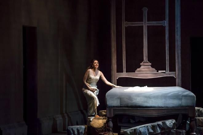 Chloé Chaume - Faust par Nadine Duffaut