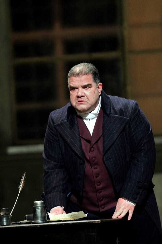 Dimitri Platanias - Andrea Chénier par David McVicar