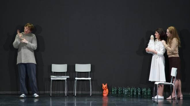 Svetlana Aksenova, Bogdan Volkov & Olga Kulchynska - Le Conte du tsar Saltan par Dmitri Tcherniakov
