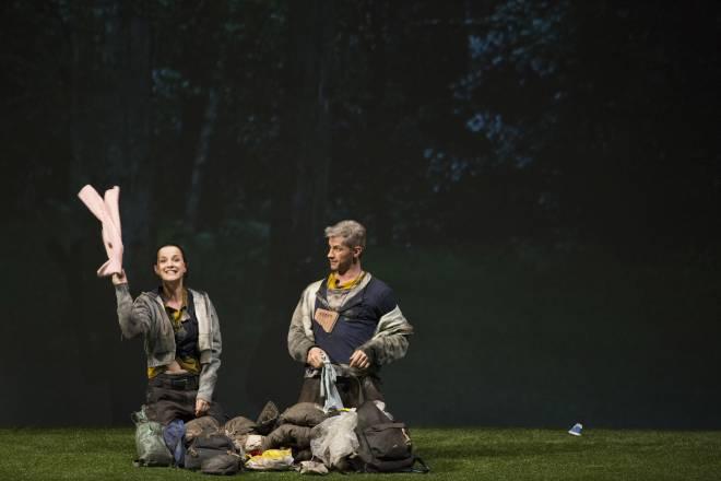 Crossley-Mercer et Elisabeth Schwarz dans la Flûte enchantée