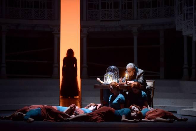 Faust par Vesperini