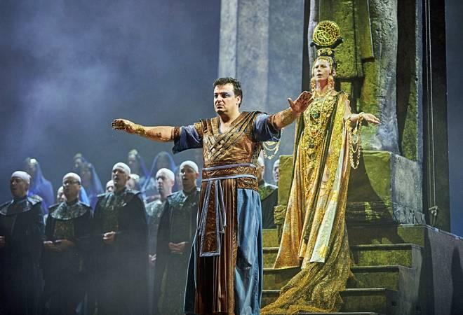 Irakli Kakhidze & Sophie Marin-Degor - Aida par Jean-Christophe Mast
