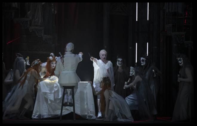 Georg Nigl & Weird Sisters - Macbeth Underworld