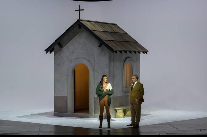 Zuzana Markova et Jean-François Lapointe dans La Traviata