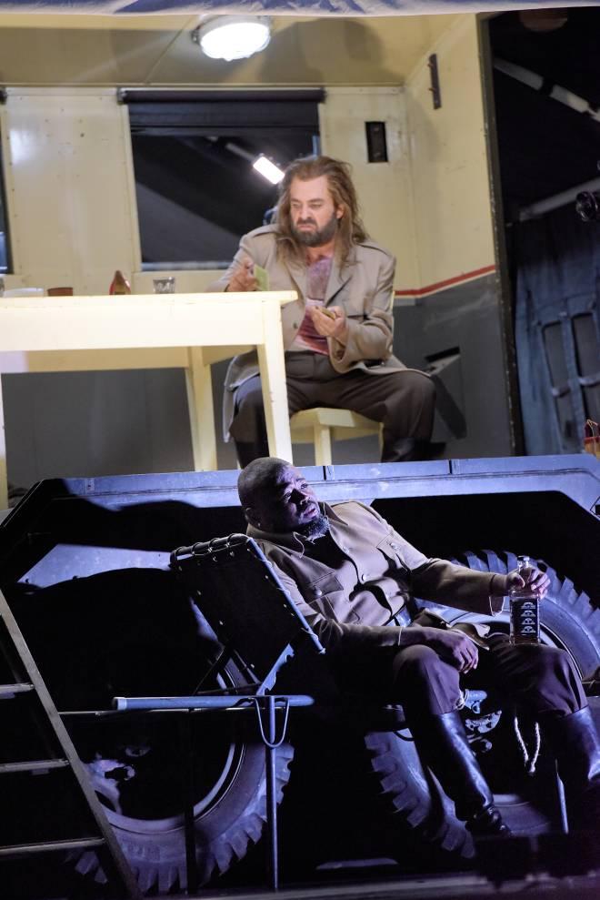 Russell Thomas & Markus Brück - La Force du destin par Frank Castorf