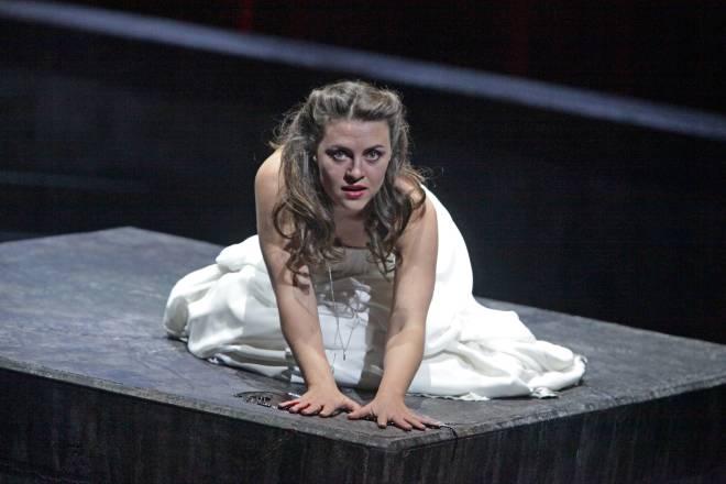 Venera Gimadieva dans Lucia de Lammermoor