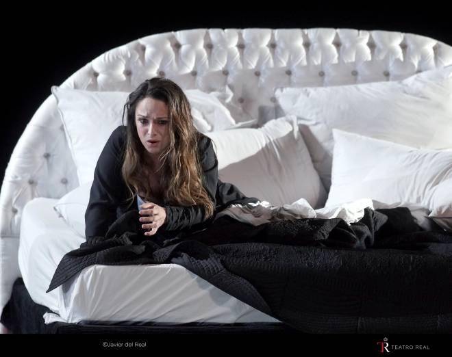Ruth Iniesta - La Traviata par Leo Castaldi