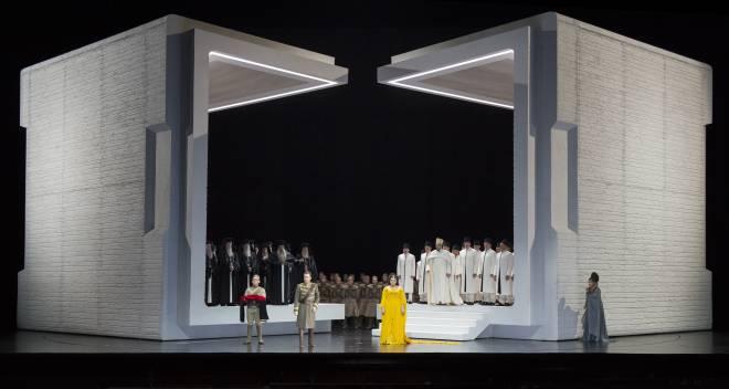 Aida par Shirin Neshat