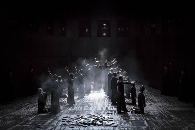 Don Carlo par Robert Carsen