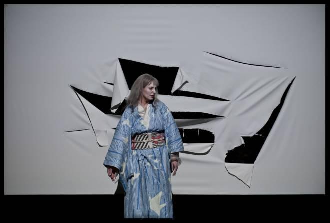 Amanda Echalaz dans Madame Butterfly