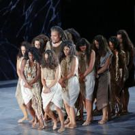 Quinn Kelsey dans Aida par Paul-Émile Fourny