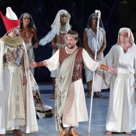 Marcello Alvarez, Nicolas Courjal et José Antonio Garcia dans Aida