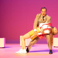 Boris Grappe et Anne-Aurore Cochet dans Les P'tites Michu
