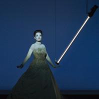 La Traviata par Robert Wilson