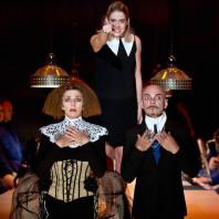 Florence Pelly, Pauline Gardel & Jacques Verzier - L'Opéra de quat'sous par Jean Lacornerie