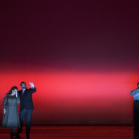 Birgitte Christensen (Eva), Thomas Walker (Adamo), Olivia Vermeulen (Abele), Kristina Hammarström (Caino) - Cain, overo Il primo omicidio par Romeo Castellucci